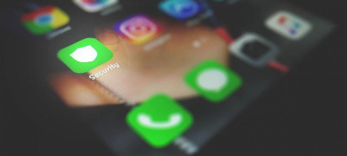 Spyware di Stato, il tuo telefono è sotto controllo?