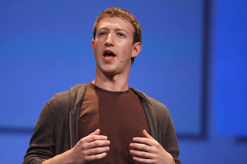 Zuckemberg intervento su Facebook, Instagram e Whatsapp